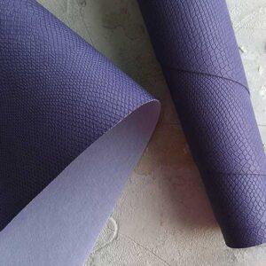 """Кожзам Питон """"Темно фиолетовый"""" 50*70см."""